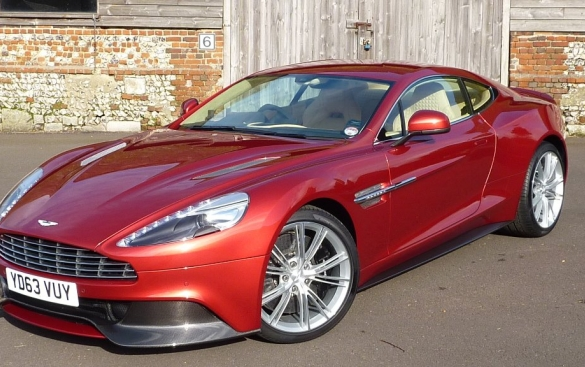 Aston Martin Vanquish V12 2+2 2dr Touchtronic Auto 5.9 THE ULTIMATE ASTON! LIST £212k